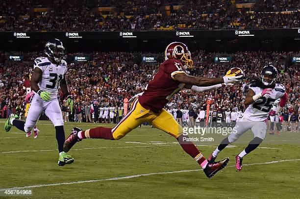 Wide receiver DeSean Jackson of the Washington Redskins makes a second quarter touchdown catch against the Seattle Seahawks at FedExField on October...