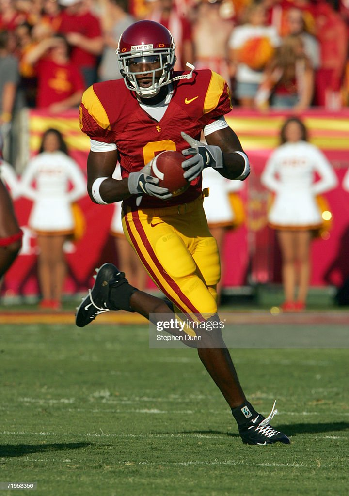 Wide receiver Dwayne Jarrett #8 of the USC Trojans carries the ball against the Nebraska Cornhuskers on September 16, 2006 at the Los Angeles Memorial Coliseum in Los Angeles, California. USC won 28-10.