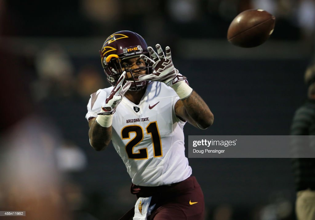 Wide receiver <a gi-track='captionPersonalityLinkClicked' href=/galleries/search?phrase=Jaelen+Strong&family=editorial&specificpeople=11339116 ng-click='$event.stopPropagation()'>Jaelen Strong</a> #21 of the Arizona State Sun Devils catches a pass as he warms up prior to facing the Colorado Buffaloes at Folsom Field on September 13, 2014 in Boulder, Colorado. The Sun Devils defeated the Buffaloes 38-24.