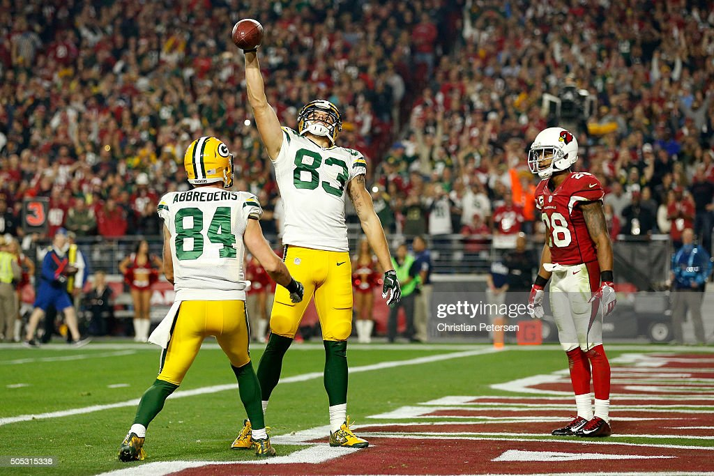 Wide receiver <a gi-track='captionPersonalityLinkClicked' href=/galleries/search?phrase=Jeff+Janis&family=editorial&specificpeople=12427533 ng-click='$event.stopPropagation()'>Jeff Janis</a> #83 of the Green Bay Packers celebrates after making an eight-yard touchdown catch alongside teammate wide receiver <a gi-track='captionPersonalityLinkClicked' href=/galleries/search?phrase=Jared+Abbrederis&family=editorial&specificpeople=7199605 ng-click='$event.stopPropagation()'>Jared Abbrederis</a> #84 in the third quarter against the Arizona Cardinals in the NFC Divisional Playoff Game at University of Phoenix Stadium on January 16, 2016 in Glendale, Arizona.