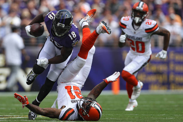 249791862 ... Jersey Wide receiver Jeremy Maclin 18 of the Baltimore Ravens rushes  past cornerback Jamar Taylor Youth Nike ...