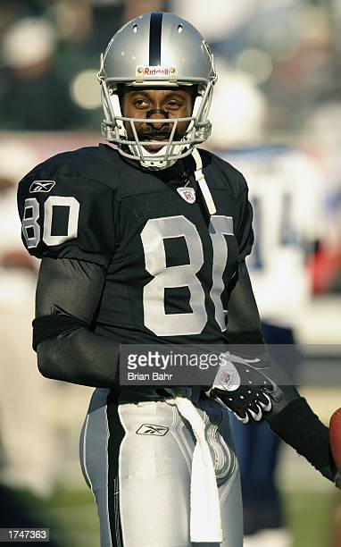 Wide receiver Jerry Rice of the Oakland Raiders on the field during warmups prior to the AFC Championship game against the Tennessee Titans at...