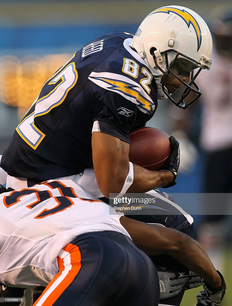 Wide receiver Josh Reed of the San Diego Chargers carries the ball against the Chicago Bears on August 14 2010 at Qualcomm Stadium in San Diego...