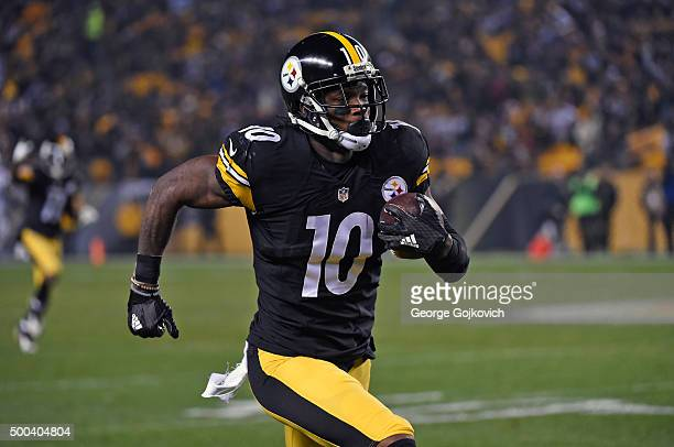 Wide receiver Martavis Bryant of the Pittsburgh Steelers runs for a touchdwon on a 68yard pass play during a game against the Indianapolis Colts at...