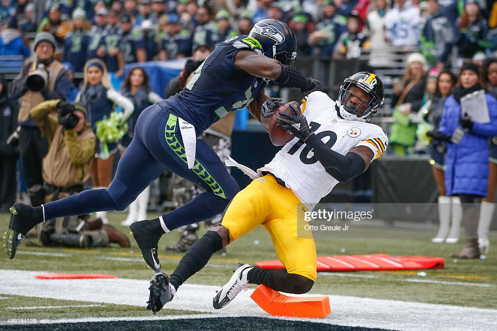 Wide receiver Martavis Bryant #10 of the Pittsburgh Steelers scores a touchdown against strong safety Kam Chancellor #31 of the Seattle Seahawks in the second quarter at CenturyLink Field on November 29, 2015 in Seattle, Washington.