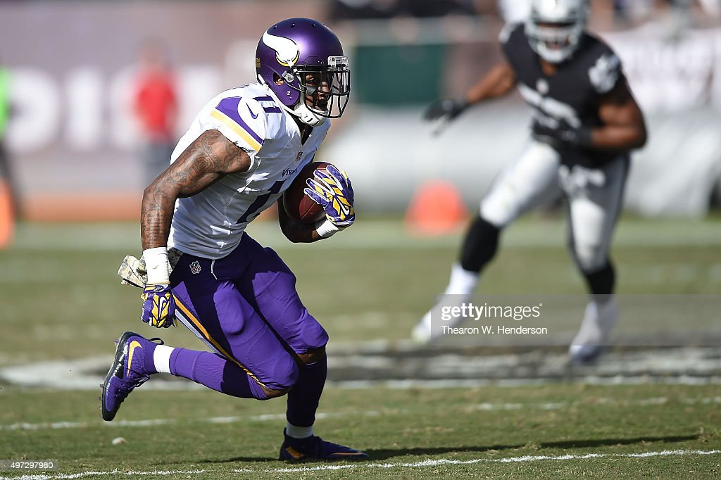 Minnesota Vikings v Oakland Raiders