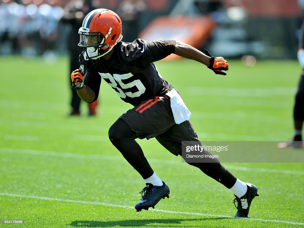 Wide receiver Rannell Hall #85 of the Cleveland Browns runs a route during an OTA practice on May 25, 2016 at the Cleveland Browns training facility in Berea, Ohio.