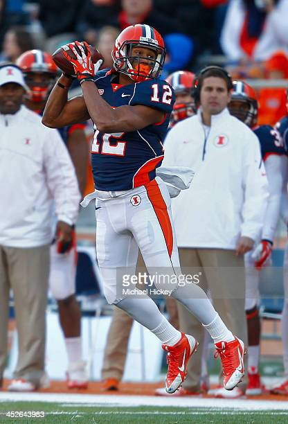 Wide receiver Ryan Lankford of the Illinois Fighting Illini catches the ball during the game against the Northwestern Wildcats at Memorial Stadium on...