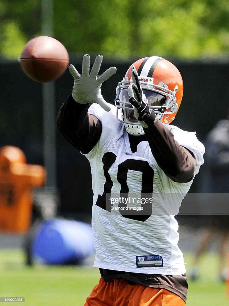 Wide receiver Syndric Steptoe #10 of the Cleveland Browns catches a pass during the team's organized team activity (OTA) on May 19, 2010 at the Cleveland Browns practice facility in Berea, Ohio.