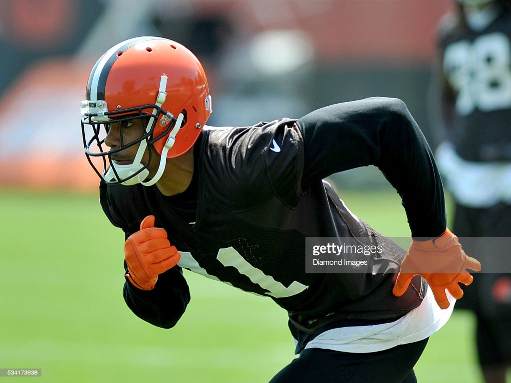 Wide receiver <a gi-track='captionPersonalityLinkClicked' href=/galleries/search?phrase=Terrelle+Pryor&family=editorial&specificpeople=4420918 ng-click='$event.stopPropagation()'>Terrelle Pryor</a> #11 of the Cleveland Browns runs a route during an OTA practice on May 25, 2016 at the Cleveland Browns training facility in Berea, Ohio.
