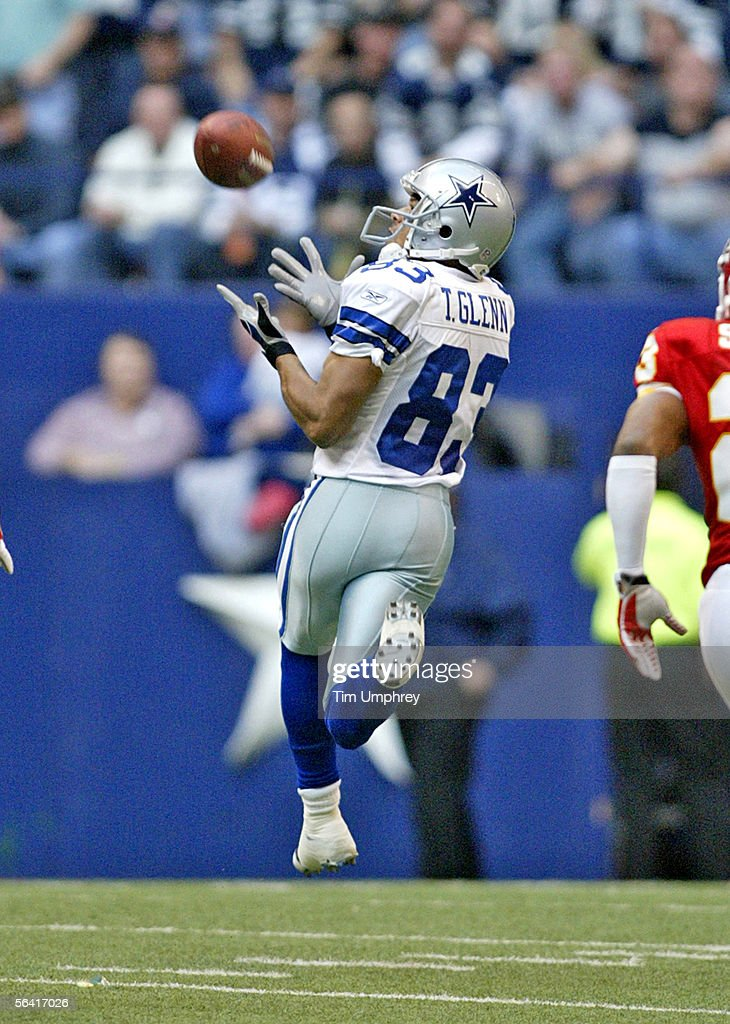 Wide receiver Terry Glenn #83 of the Dallas Cowboys catches a touchdown pass in a game against the Kansas City Chiefs on December 11, 2005 at Texas Stadium in Irving, Texas.