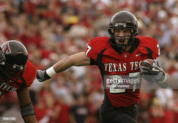 Wide receiver Wes Welker of the Texas Tech Red Raiders carries the ball during the game against the Oklahoma Sooners at Jones SBC Stadium on November...
