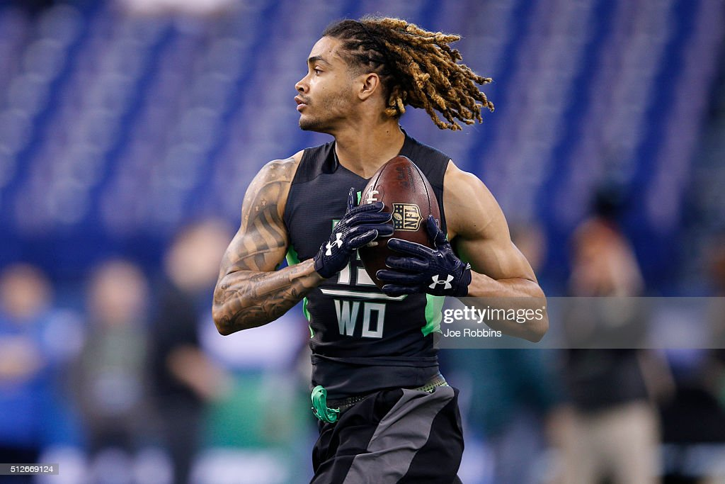 Wide receiver Will Fuller of Notre Dame participates in a drill during the 2016 NFL Scouting Combine at Lucas Oil Stadium on February 27, 2016 in Indianapolis, Indiana.