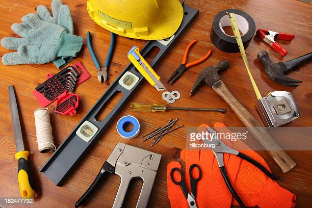 A wide variety of construction tools