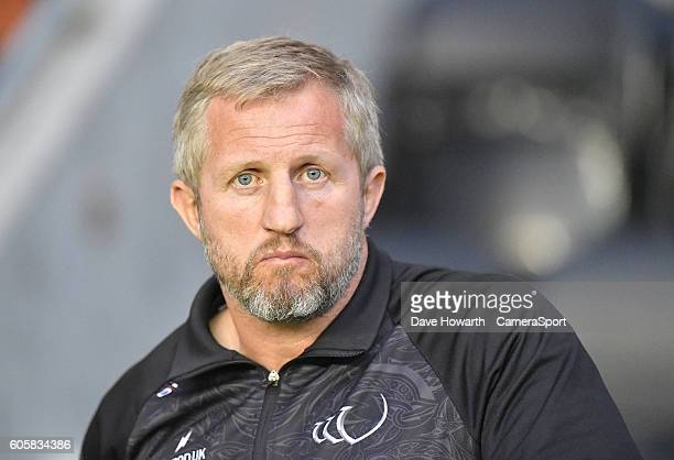 Widnes Vikings' Head Coach Denis Betts during the First Utility Super League Super 8s Round 4 match between Wigan Warriors and Widnes Vikings at DW...