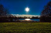 Eine Wiese am Eichbaumsee in Hamburg-Allermöhe