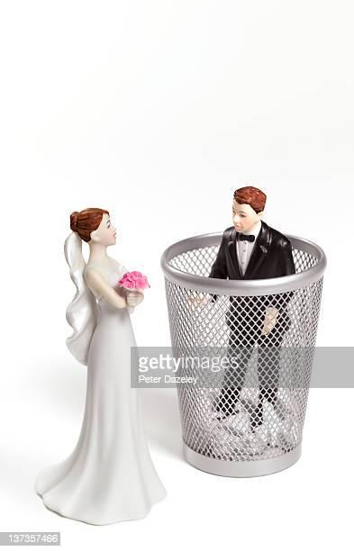 Wife binning husband/divorce