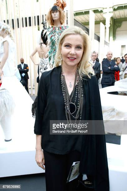 Wife of Italy's Ambassador to France Giada Magliano attends the 'Revelations' Fair at Balcon d'Honneur du Grand Palais on May 5 2017 in Paris France
