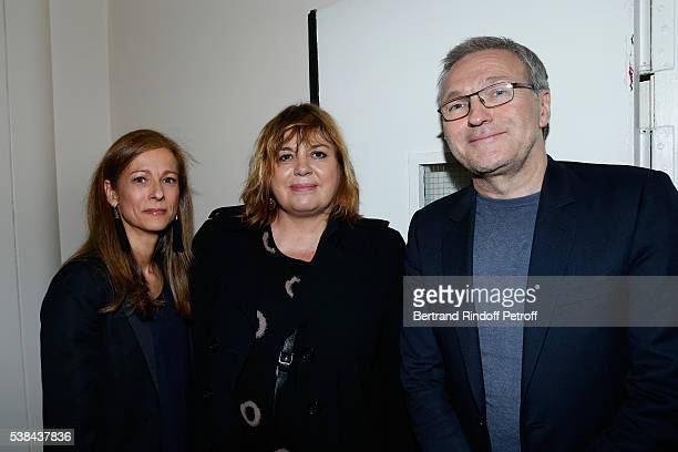 Wife of the French Prime Minister Manuel Valls violonist Anne Gravoin Michele Bernier and Laurent Ruquier attend the Concert of Patrick Bruel at...
