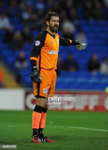 Scott Carson Stock Photos and Pictures | Getty Images