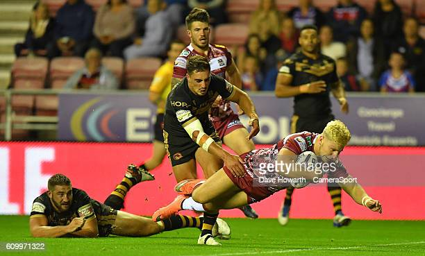 Wigan Warriors' George Williams scores his sides 2nd try during the First Utility Super League Super 8s Round 7 match between Wigan Warriors and...