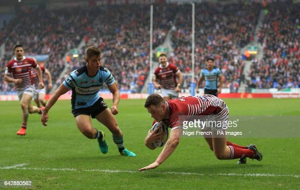 Wigan Warriors' Joe Burgess scores his sides second try of the game against CronullaSutherland Sharks during the 2017 Dacia World Club Series match...