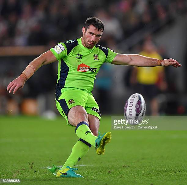 Wigan Warriors' Matty Smith during the First Utility Super League Super 8s Round 5 match between Hull FC v Wigan Warriors at KCOM Stadium on...