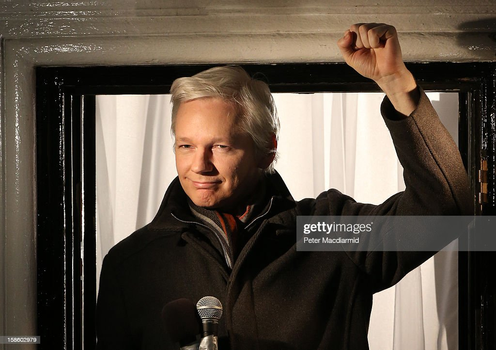 Wikileaks founder <a gi-track='captionPersonalityLinkClicked' href=/galleries/search?phrase=Julian+Assange&family=editorial&specificpeople=7117000 ng-click='$event.stopPropagation()'>Julian Assange</a> speaks from the Ecuadorian Embassy on December 20, 2012 in London, England. Mr Assange has been living in the embassy since June 2012 in an attempt to avoid extradition to Sweden where he faces allegations of sexual assault.