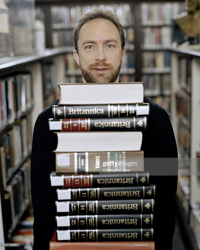 Wikipedia creator and founder <a gi-track='captionPersonalityLinkClicked' href=/galleries/search?phrase=Jimmy+Wales&family=editorial&specificpeople=836275 ng-click='$event.stopPropagation()'>Jimmy Wales</a> poses at a portrait session for Wired Magazine in 2005. Published in March 2005 issue.