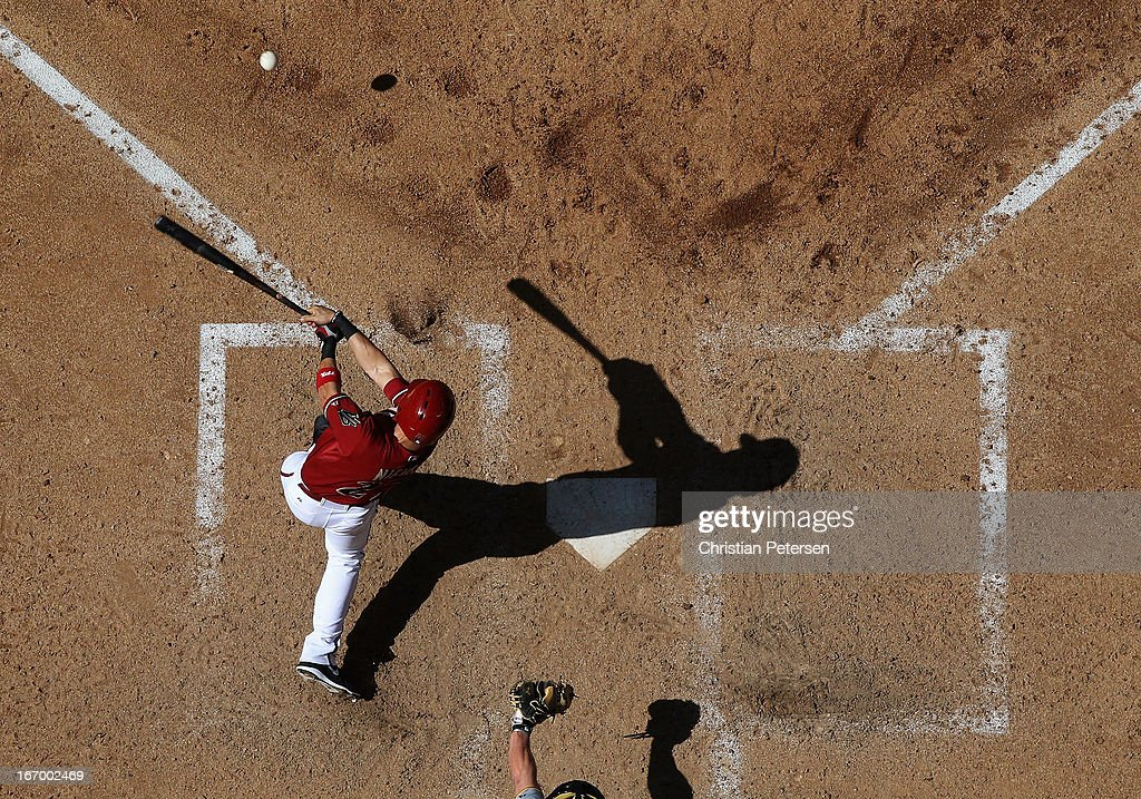 <a gi-track='captionPersonalityLinkClicked' href=/galleries/search?phrase=Wil+Nieves&family=editorial&specificpeople=835752 ng-click='$event.stopPropagation()'>Wil Nieves</a> #27 of the Arizona Diamondbacks bats against the Pittsburgh Pirates during the MLB game at Chase Field on April 10, 2013 in Phoenix, Arizona. The Diamondbacks defeated the Pirates 10-2.