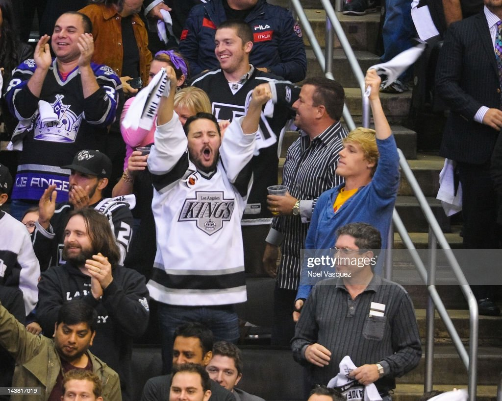 Wil Wheaton attends a playoff hockey game between the St Louis Blues and Los Angeles Kings on May 3 2012 in Los Angeles California