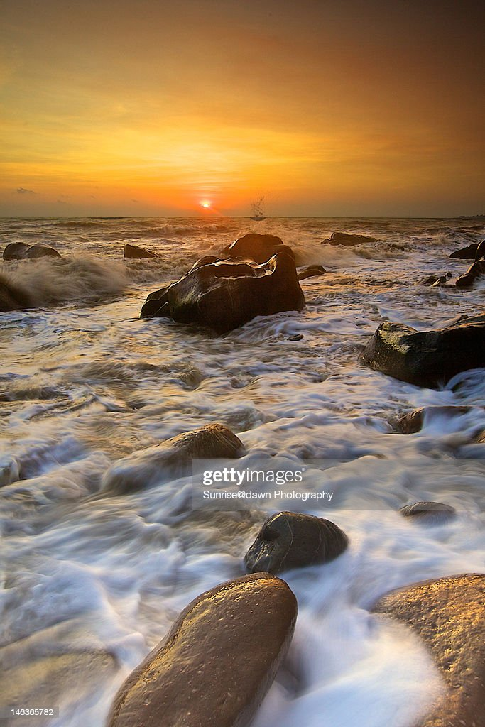 Wild fangshan waves : Stock Photo