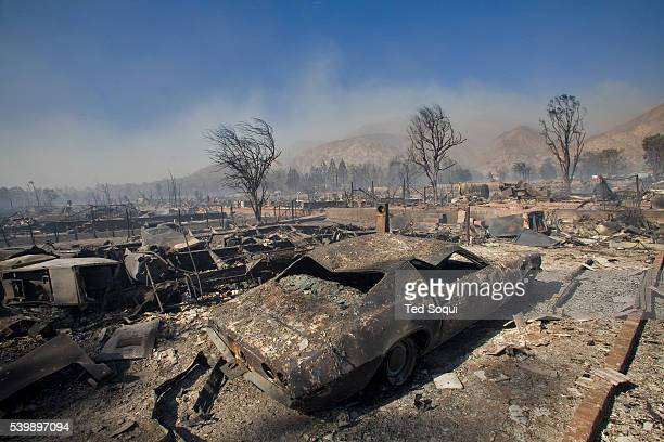 Wild Fire Devastates A Mobile Home Park In The Sylmar Area Of Los Angeles Over 500