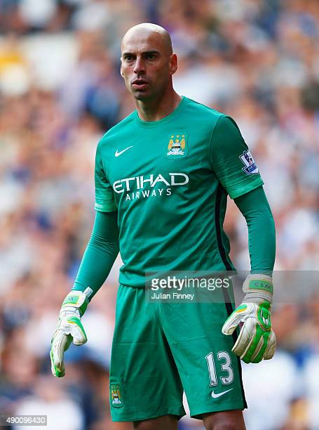 Wilfredo Caballero of Manchester City looks on during the Barclays Premier League match between Tottenham Hotspur and Manchester City at White Hart...