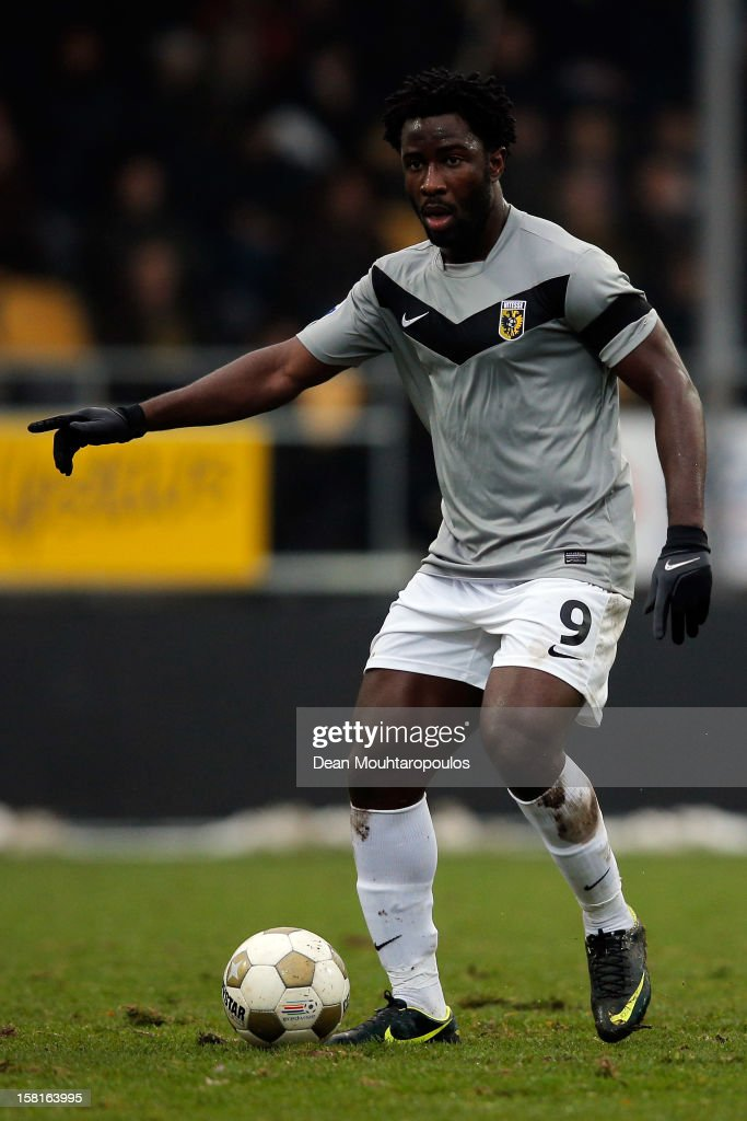 Wilfried Bony of Vitesse in action during the Eredivisie match between VVV Venlo and Vitesse Arnhem at the Seacon Stadion De Koel on December 9, 2012 in Venlo, Netherlands.
