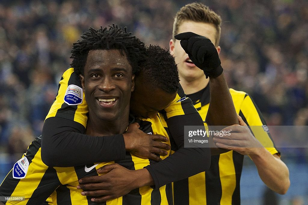 Wilfried Bony of Vitesse, Renato Ibarra of Vitesse, Marco van Ginkel of Vitesse during the Dutch Eredivisie match between Vitesse Arnhem and PEC Zwolle at the Gelredome on march 31, 2013 in Arnhem, The Netherlands