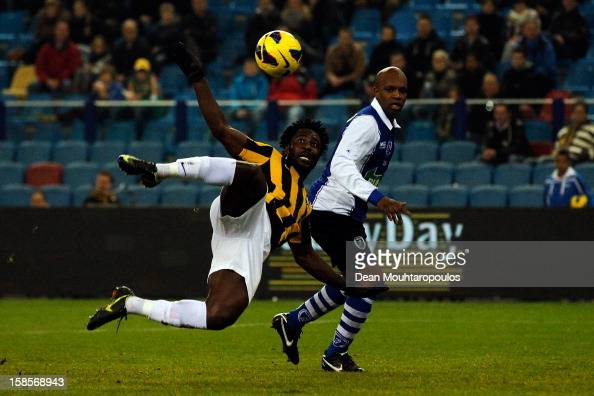 Wilfried Bony of Vitesse shoots and scores the fourth goal of the game during the KNVB Dutch Cup match between Vitesse Arnhem and ADO 20 at Gelredome...