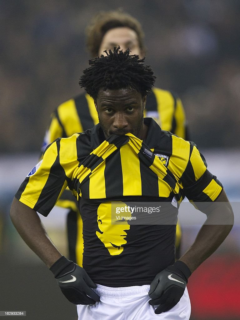 <a gi-track='captionPersonalityLinkClicked' href=/galleries/search?phrase=Wilfried+Bony&family=editorial&specificpeople=4231248 ng-click='$event.stopPropagation()'>Wilfried Bony</a> of Vitesse tribute to Theo Bos, Mike Havenaar of Vitesse during the Dutch Eredivisie match between Vitesse Arnhem and FC Utrecht at the Gelredome on march 01, 2013 in Arnhem, The Netherlands