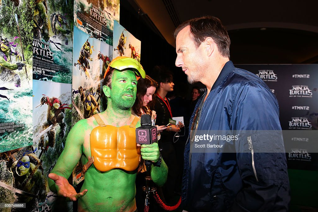<a gi-track='captionPersonalityLinkClicked' href=/galleries/search?phrase=Will+Arnett&family=editorial&specificpeople=209259 ng-click='$event.stopPropagation()'>Will Arnett</a> is interviewed as he attends the Teenage Mutant Ninja Turtles: Out of the Shadows fan screening at Village Cinemas Jam Factory on May 30, 2016 in Melbourne, Australia.