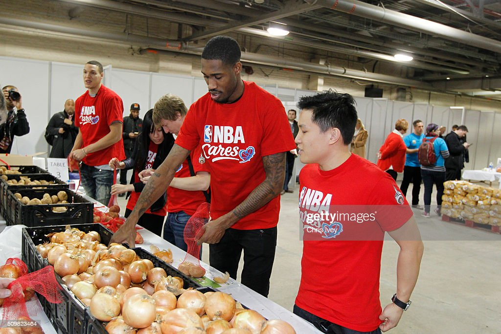<a gi-track='captionPersonalityLinkClicked' href=/galleries/search?phrase=Will+Barton&family=editorial&specificpeople=6894020 ng-click='$event.stopPropagation()'>Will Barton</a> #5 of the Denver Nuggets participates during the NBA Cares All-Star Day of Service as part of 2016 All-Star Weekend at NBA Centre Court of the Enercare Centre on February 12, 2016 in Toronto, Ontario, Canada.