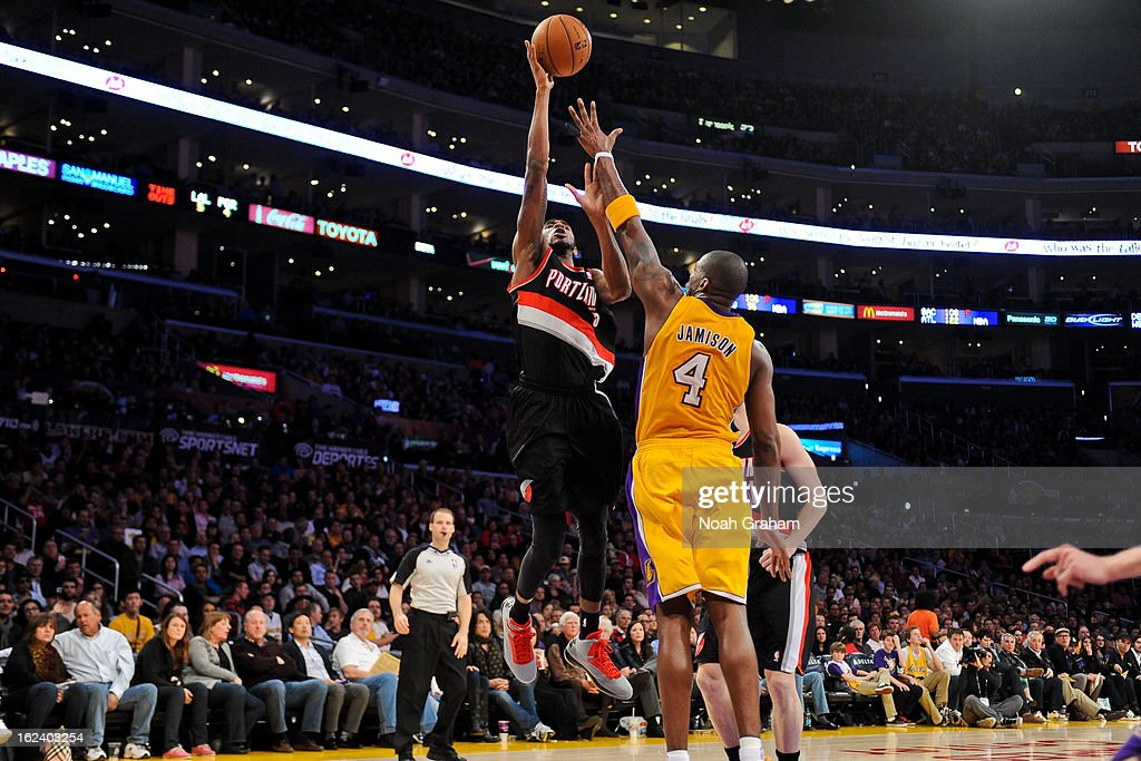 Will Barton #5 of the Portland Trail Blazers shoots against Antawn Jamison #4 of the Los Angeles Lakers at Staples Center on February 22, 2013 in Los Angeles, California.