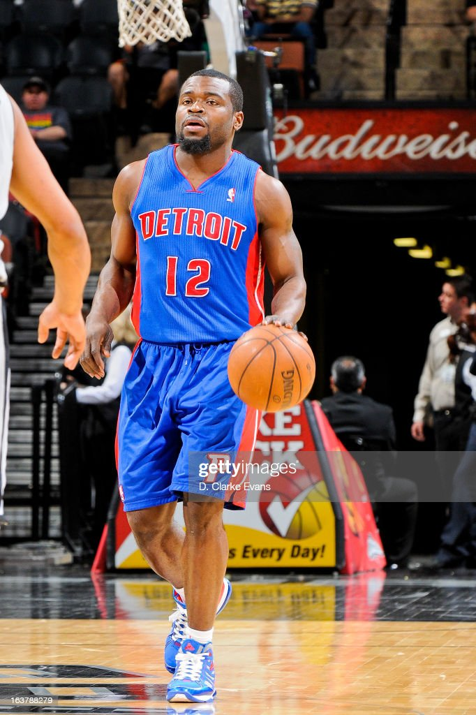 <a gi-track='captionPersonalityLinkClicked' href=/galleries/search?phrase=Will+Bynum&family=editorial&specificpeople=212891 ng-click='$event.stopPropagation()'>Will Bynum</a> #12 of the Detroit Pistons advances the ball against the San Antonio Spurs on March 3, 2013 at the AT&T Center in San Antonio, Texas.