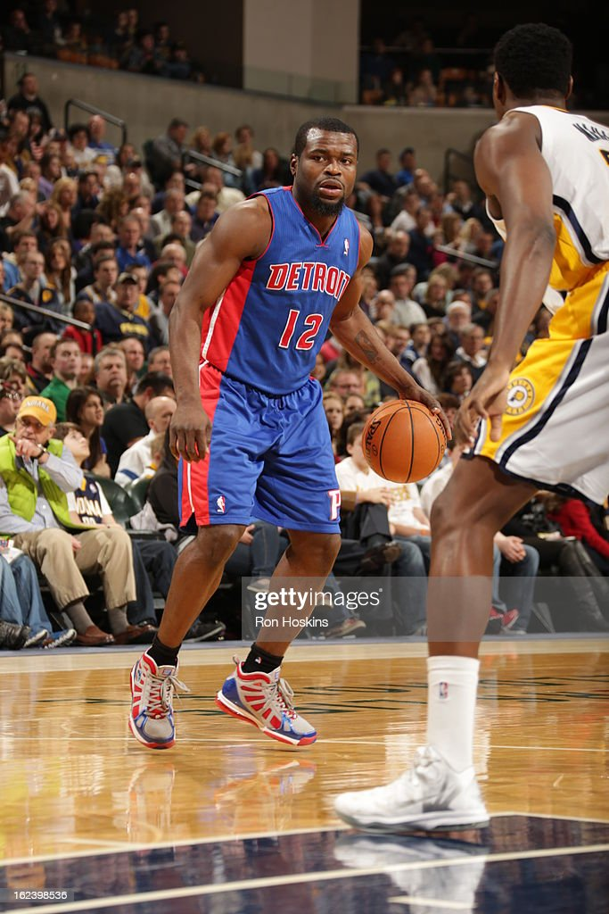 <a gi-track='captionPersonalityLinkClicked' href=/galleries/search?phrase=Will+Bynum&family=editorial&specificpeople=212891 ng-click='$event.stopPropagation()'>Will Bynum</a> #12 of the Detroit Pistons dribbles the ball against the Indiana Pacers on February 22, 2013 at Bankers Life Fieldhouse in Indianapolis, Indiana.