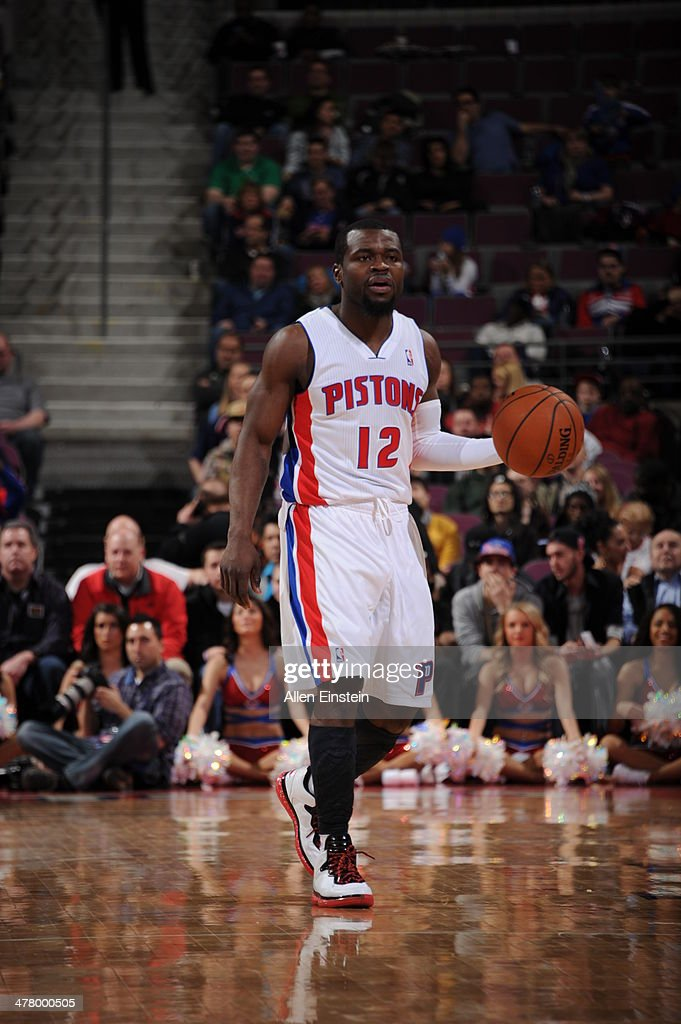 Will Bynum #12 of the Detroit Pistons dribbles the ball against the Sacramento Kings during the game on March 11, 2014 at The Palace of Auburn Hills in Auburn Hills, Michigan.
