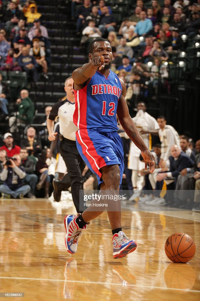 <a gi-track='captionPersonalityLinkClicked' href=/galleries/search?phrase=Will+Bynum&family=editorial&specificpeople=212891 ng-click='$event.stopPropagation()'>Will Bynum</a> #12 of the Detroit Pistons dribbles the ball and calls a play out against the Indiana Pacers on February 22, 2013 at Bankers Life Fieldhouse in Indianapolis, Indiana.