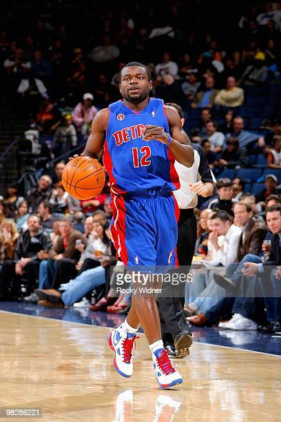 Will Bynum of the Detroit Pistons drives the ball up court during the game against the Golden State Warriors on February 27 2009 at Oracle Arena in...