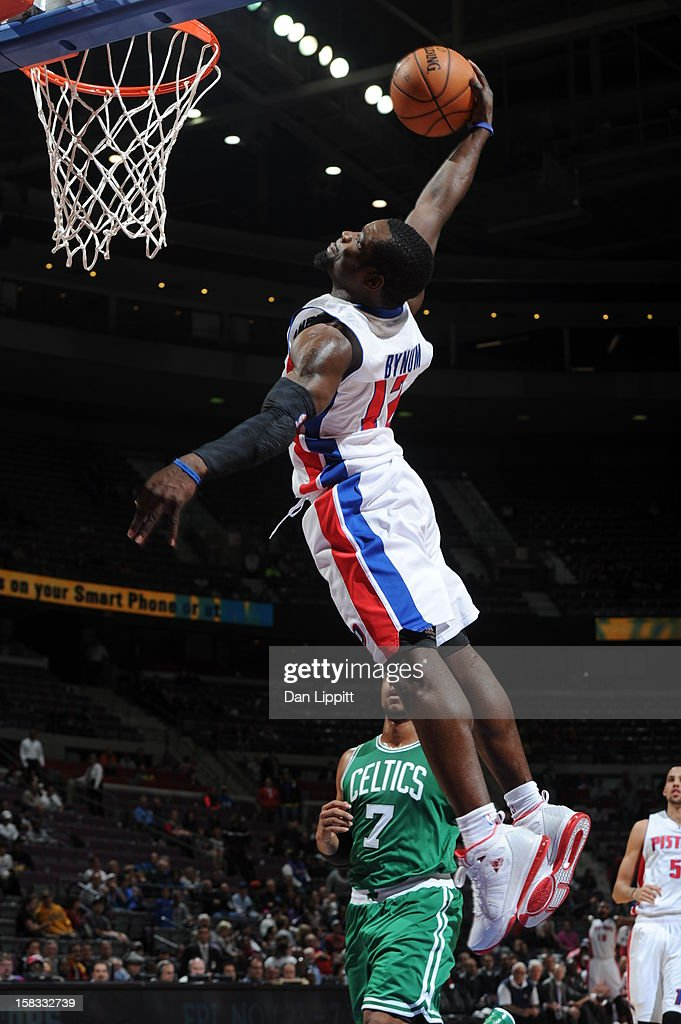 <a gi-track='captionPersonalityLinkClicked' href=/galleries/search?phrase=Will+Bynum&family=editorial&specificpeople=212891 ng-click='$event.stopPropagation()'>Will Bynum</a> #12 of the Detroit Pistons dunks the ball against the Boston Celtics on November 18, 2012 at The Palace of Auburn Hills in Auburn Hills, Michigan.