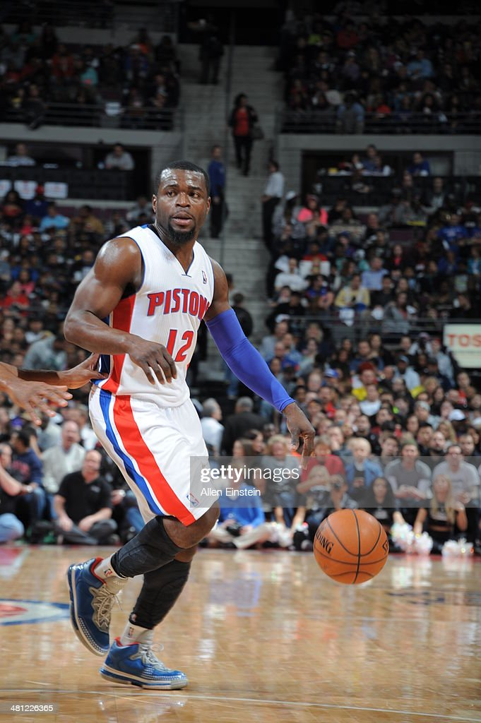 Will Bynum #12 of the Detroit Pistons handles the ball against the Miami Heat on March 28, 2014 at The Palace of Auburn Hills in Auburn Hills, Michigan.