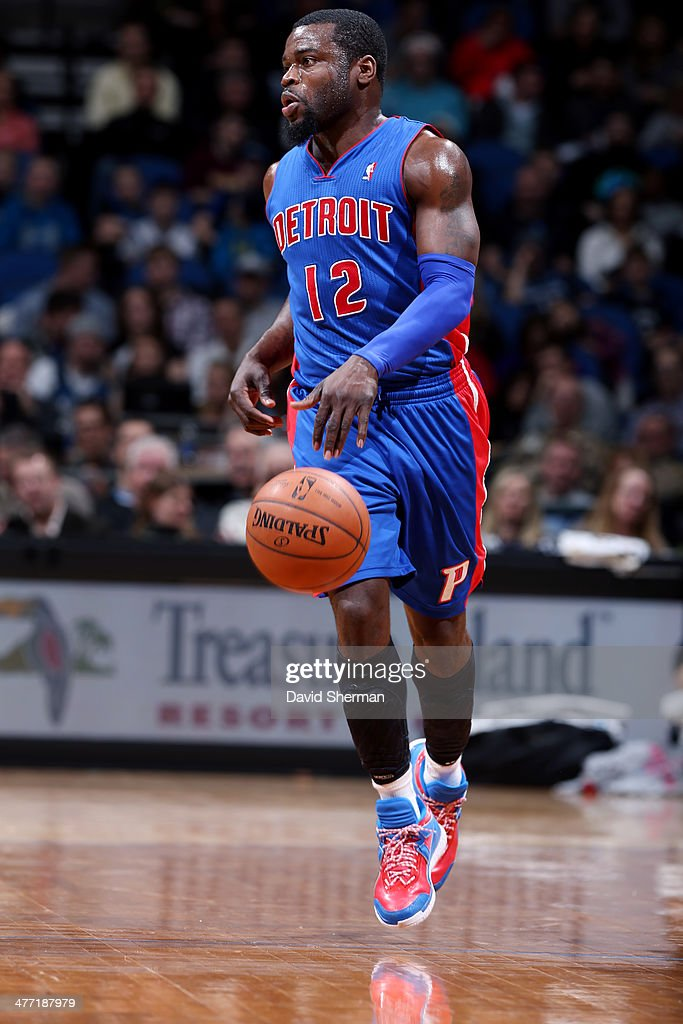 Will Bynum #12 of the Detroit Pistons handles the ball against the Minnesota Timberwolves on March 7, 2014 at Target Center in Minneapolis, Minnesota.