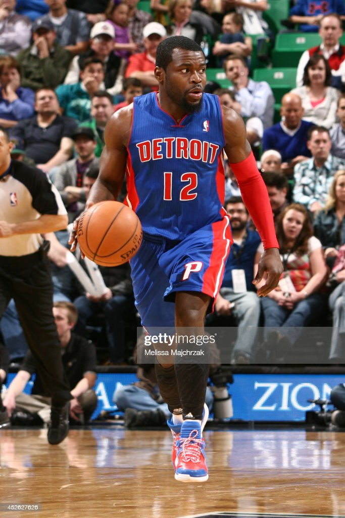 <a gi-track='captionPersonalityLinkClicked' href=/galleries/search?phrase=Will+Bynum&family=editorial&specificpeople=212891 ng-click='$event.stopPropagation()'>Will Bynum</a> #12 of the Detroit Pistons handles the ball against the Utah Jazz at EnergySolutions Arena on March 24, 2014 in Salt Lake City, Utah.